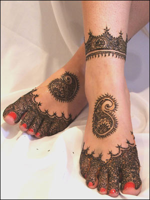 henna tattoos foot